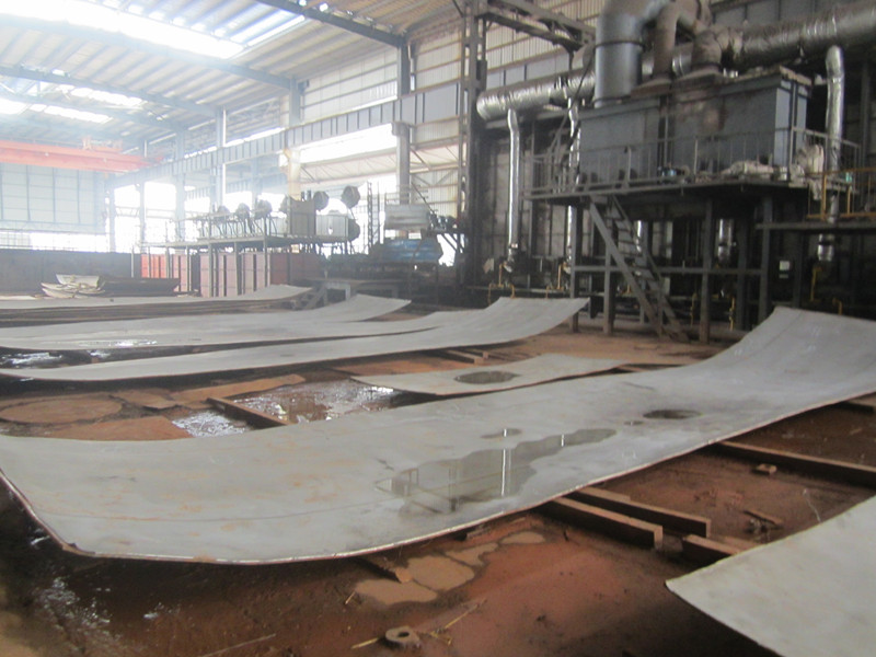 clad plates for pressure vessels